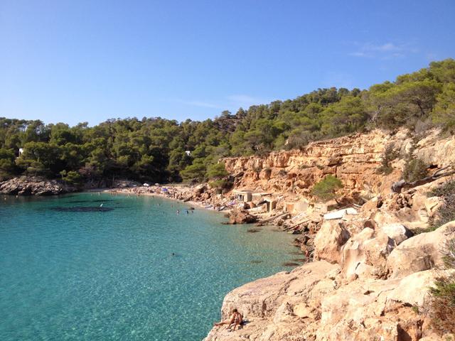 ibiza-beach-Saladeta-beach-nature clean hotspot cala-go-to