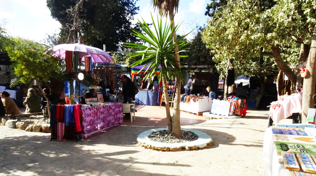 The oldest hippymarket of Ibiza - Las Dalias. For all Ibiza items, handmade jewelry, towels, clothes and more!