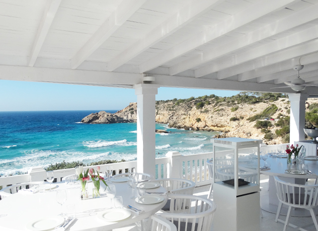 cotton beach club-beach-beach bar-beach club ibiza white-dinner-lunch-view cala-tarida-platja-salads-design