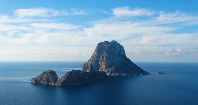 es-vedra-ibiza-hotspot-uitzicht-uitkijk-magisch-cala-d'hort-travel-eiland-spanje-reizen