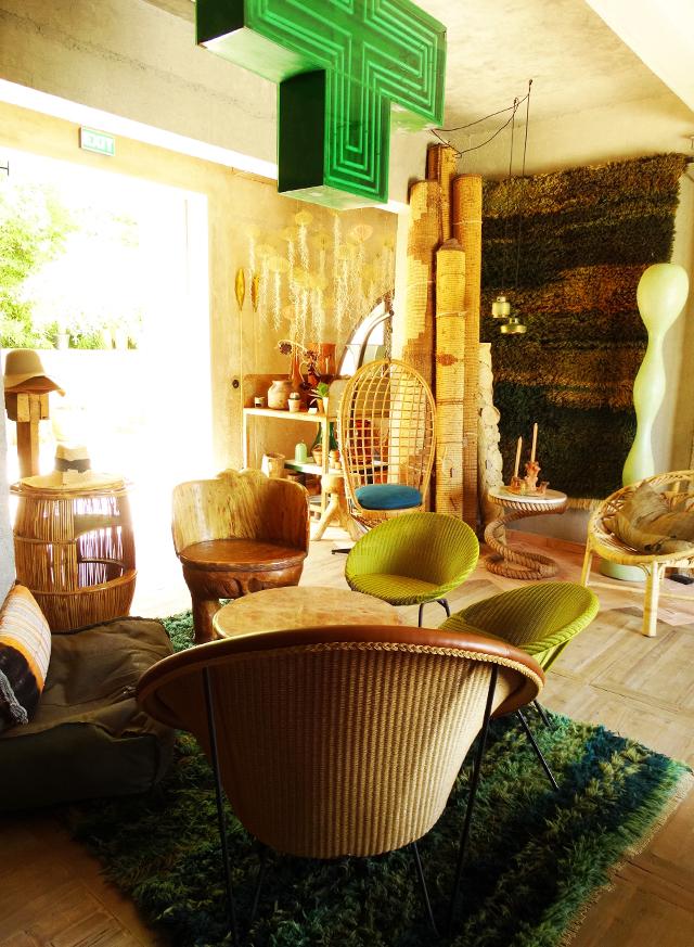 dels Enamorats-Eivissa-hotspot-hotel-new-Portinatx-bonica disseny de revistes-romaní-el-blanc-boutique de botiga de Portinatx-Eivissa
