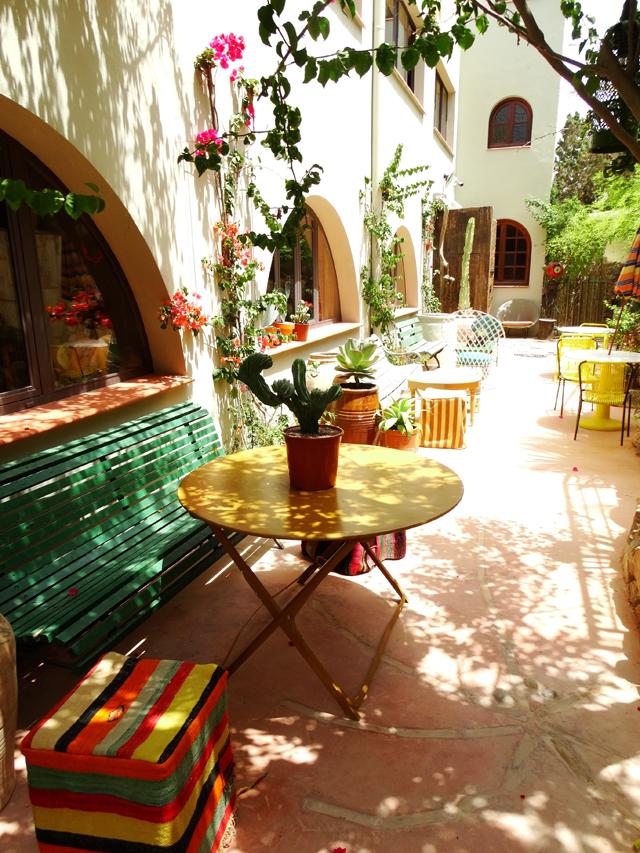 dels Enamorats-Eivissa-hotspot-hotel-new-Portinatx-bonica boutique de la revista-romaní-el-blanc-disseny
