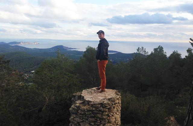 quote-of-the-week-51-acclimatiseren-Ibiza-kerst-kerstmis-sfeer-wennen-mooi-weer-satalia-berg-wandelen